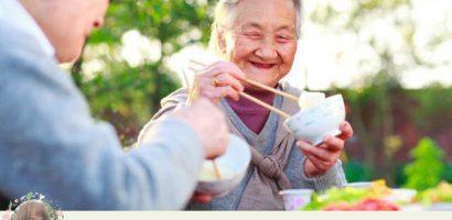 10 thực phẩm bổ dưỡng tốt cho người già cần bổ sung mỗi ngày
